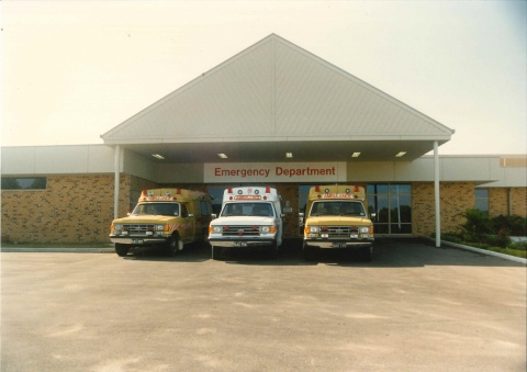 1990 - Ambulances at the Emergency Department