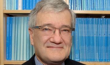 Associate Professor Damien Thomson
