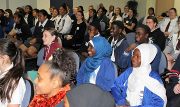 Logan Hospital plays host to student Health Inspiration Day