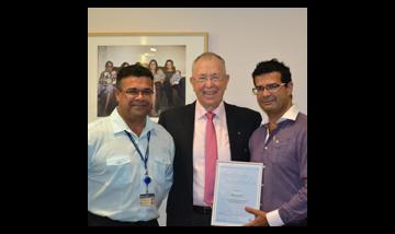 Terry White with Mununjali representatives