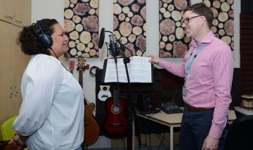 Music therapy hits right note PAH