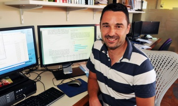 Queensland Cancer Control Analysis Team Biostatistician based at PA Hospital, Nathan Dunn