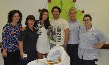 Family donating cuddle cot to Redland Hospital